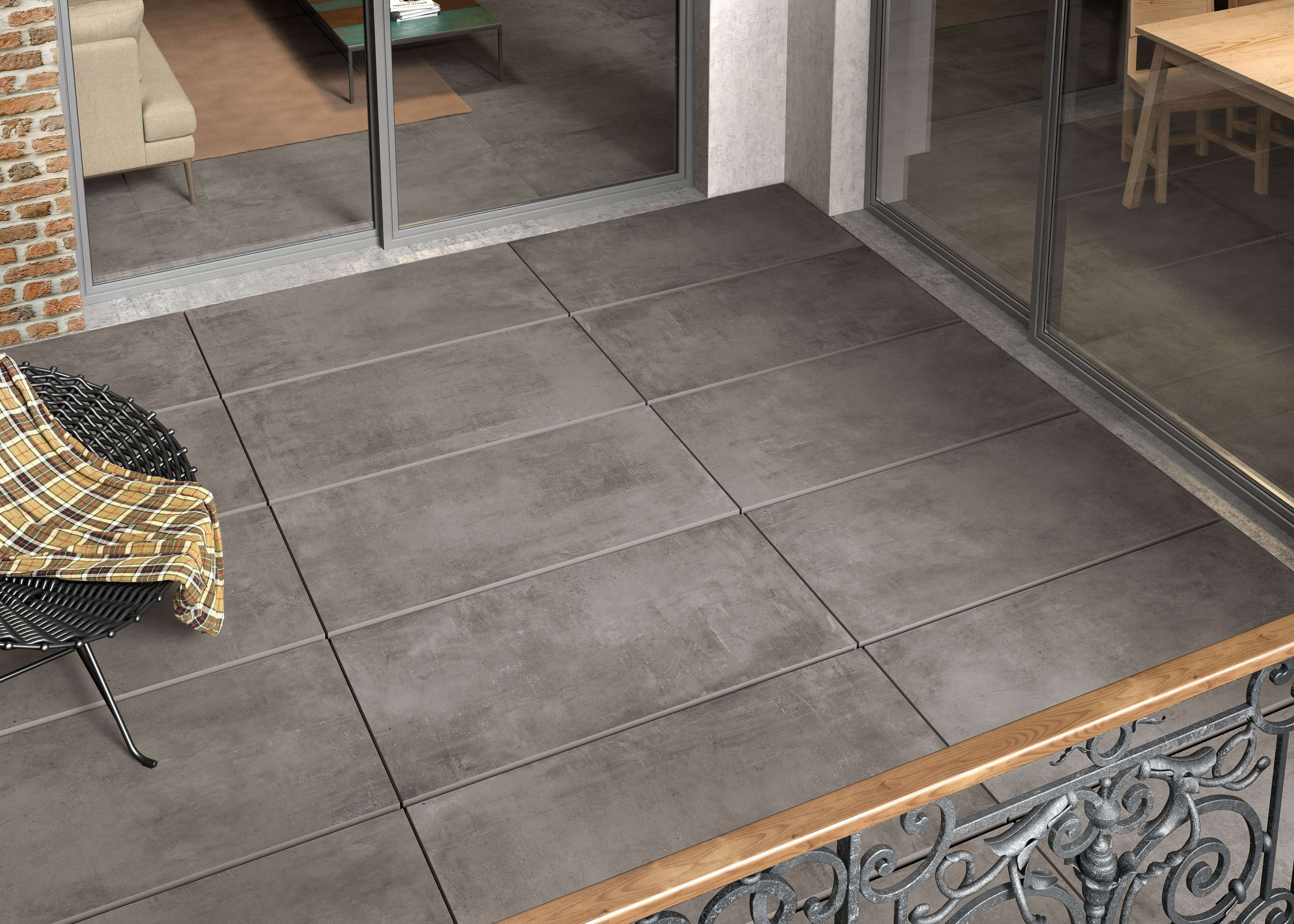 Dunkel Grau Betonfliesen auf der Balkon, dark grey concrete effect tiles on the balcony